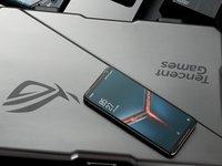 买logo送手机?ROG游戏手机2会是最佳吃鸡神器?