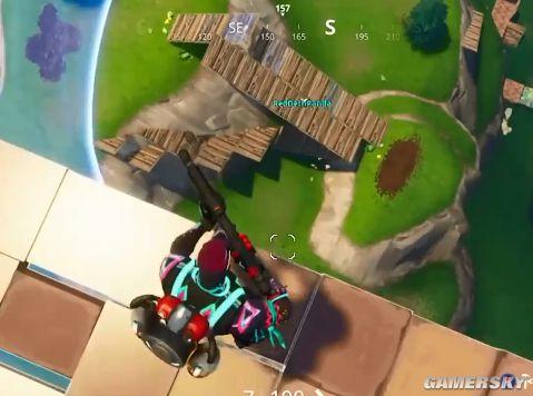 """《堡垒之夜》玩家为吃鸡 在天上修了2000米的路 游戏攻略"""""""